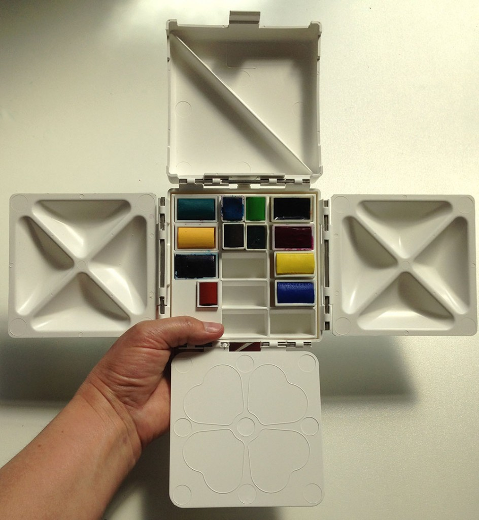 Barry Herniman cloverleaf paintbox
