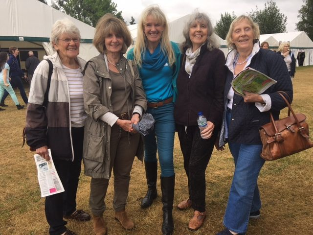 Hazel Soan (centre) meets members of the Guildford Art Society at Leisure Painter and The Artist's inaugural Art Club of the Year competition, sponsored by Jackson's and held at Patchings Art, Craft & Photography Festival earlier this month.
