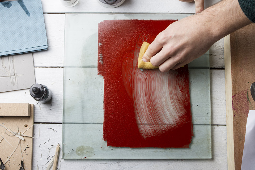 cleaning-up-red-sponge