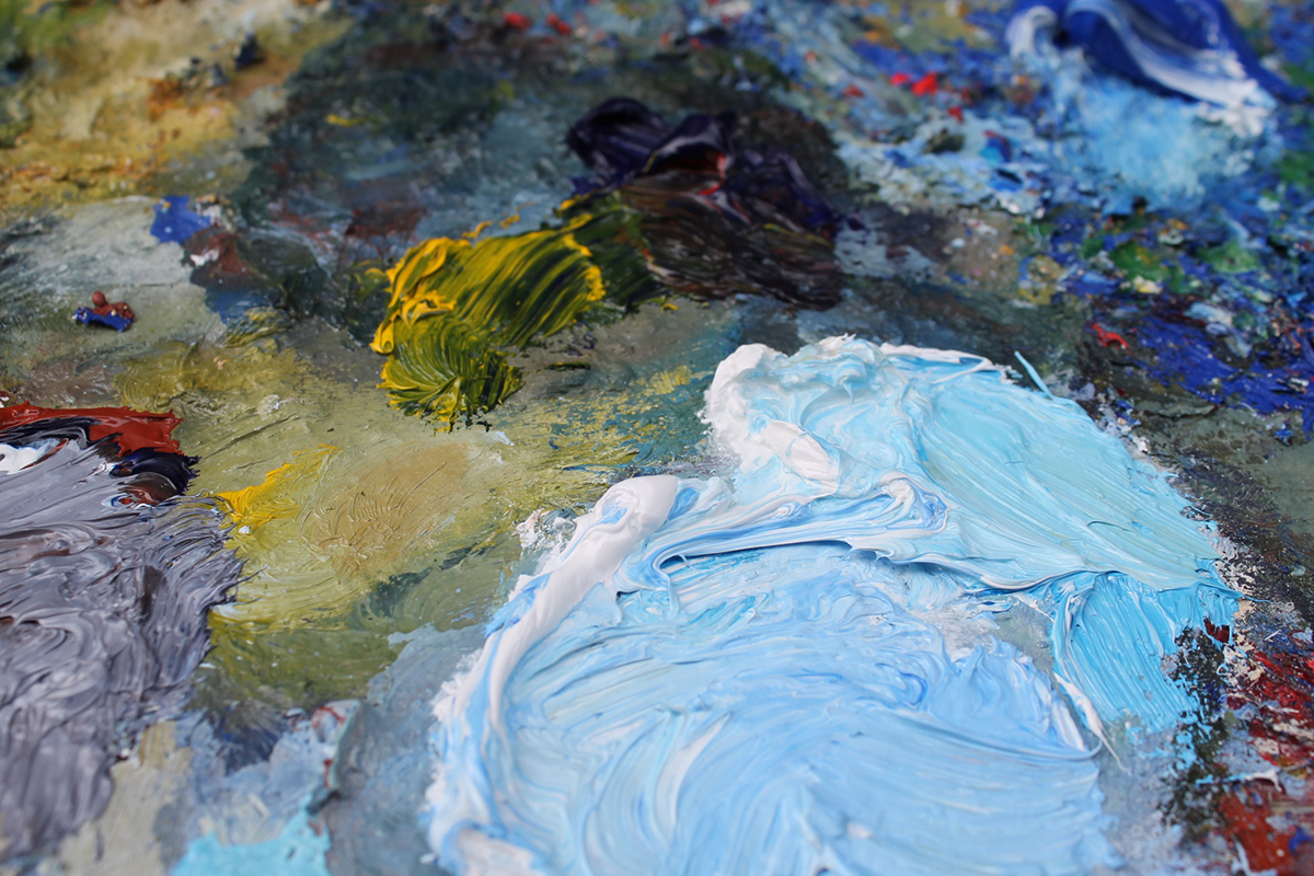Mixed colours on the palette