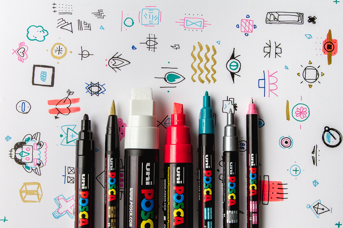 All seven sizes of Posca pen.  Doodles by Kay Gasei.