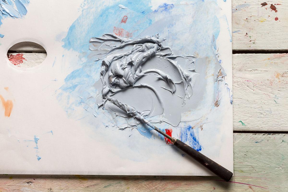 filling oil paint tubes sky grey mix