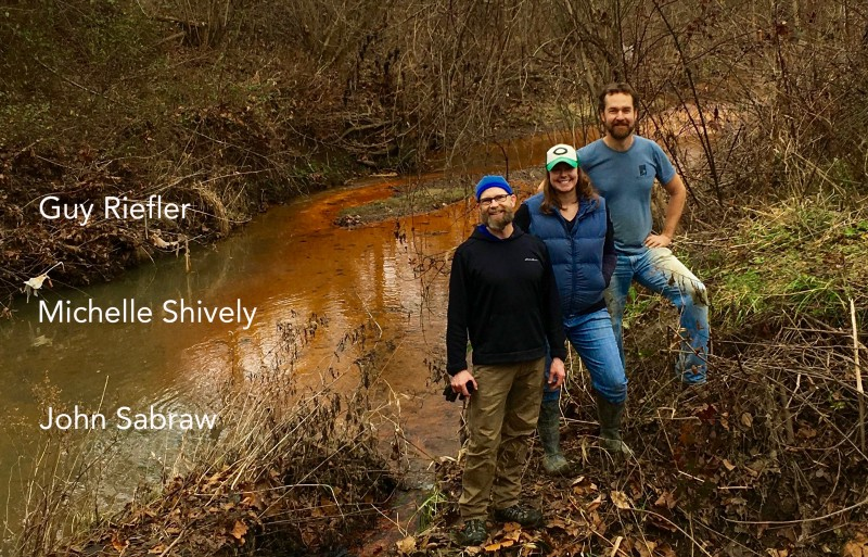 Our team- Engineer, Artist, Watershed Specialist at Sunday Creek, Corning, Ohio. ©2018 Art Boy Inc., All rights Reserved. Photo by John Sabraw. toxic paint