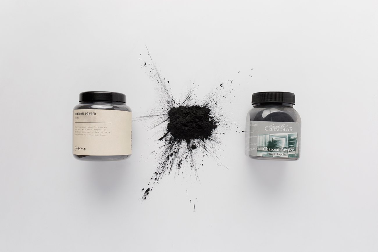 Two types of charcoal powder, difference between graphite and charcoal