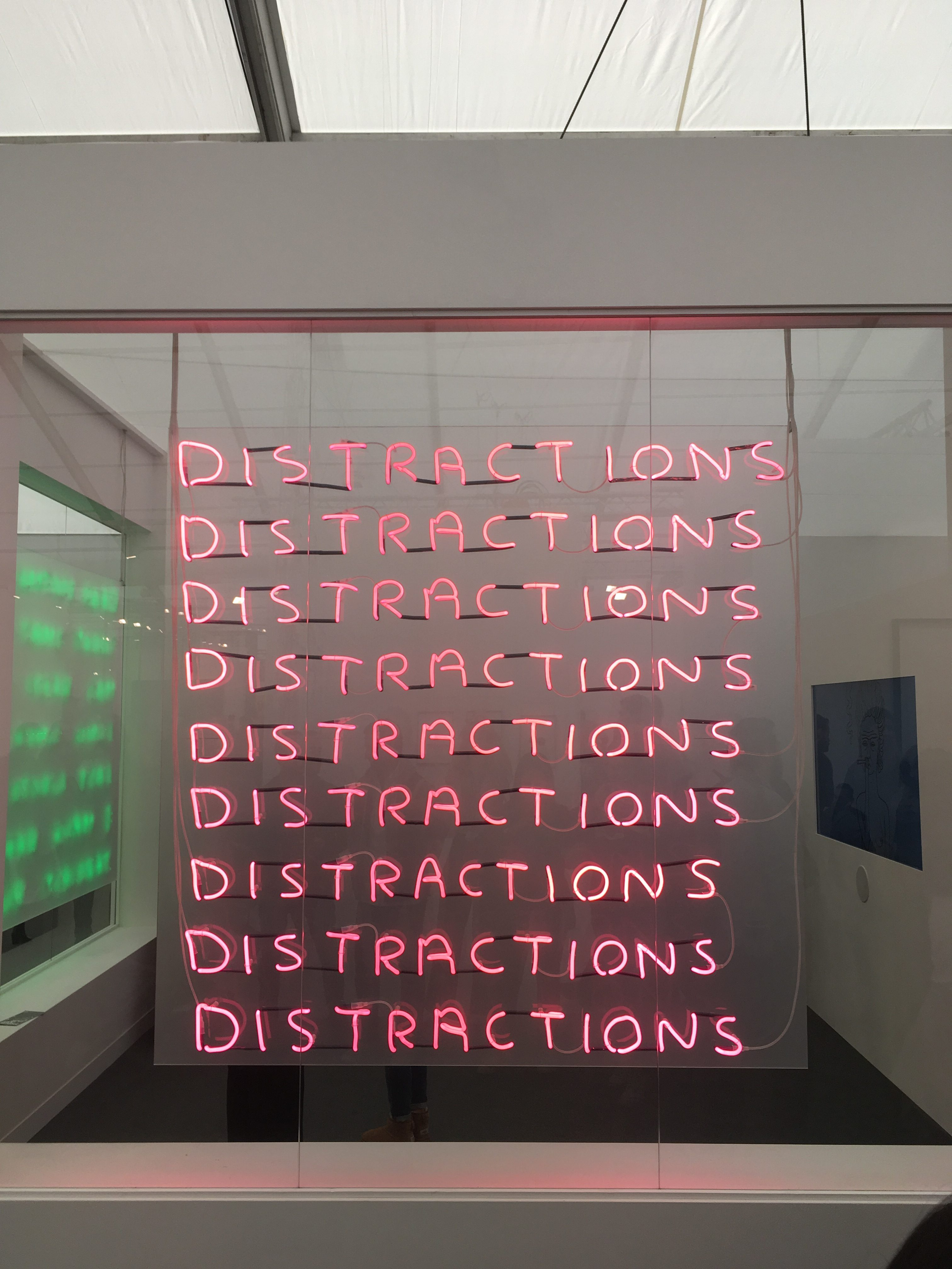 David Shrigley, Distractions