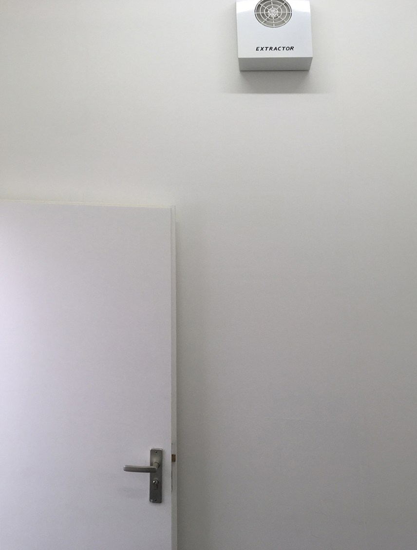 David Shrigley, extractor sound installation