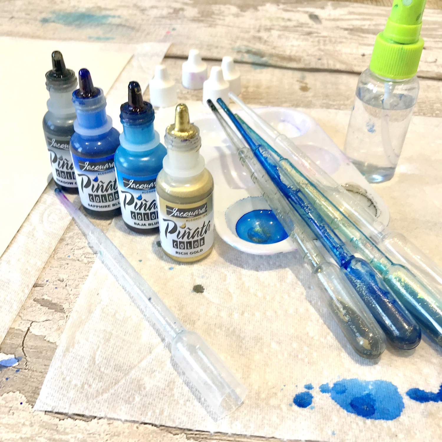 Review of Legion Yupo Paper and Jacquard Piñata Alcohol Inks