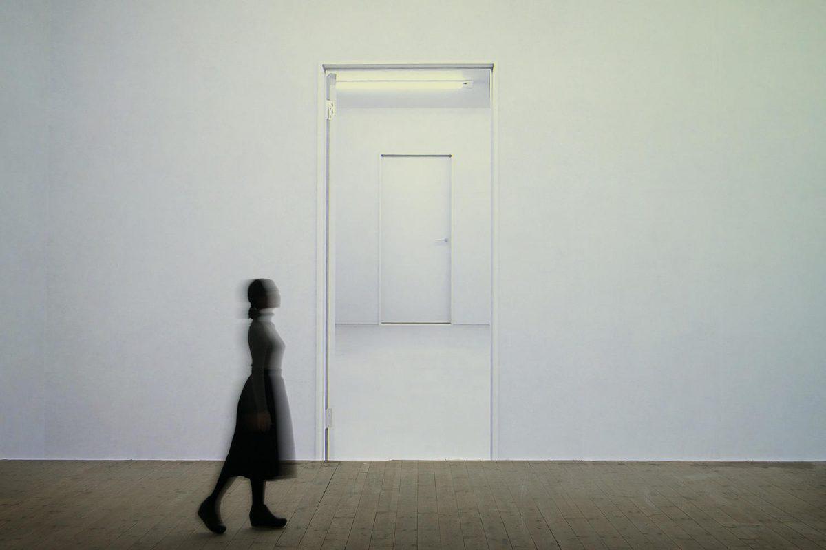 """Installation view, Endless Gallery at Akademie der Bildenden Künste München (2019), single channel video, 2'52"""" loop"""