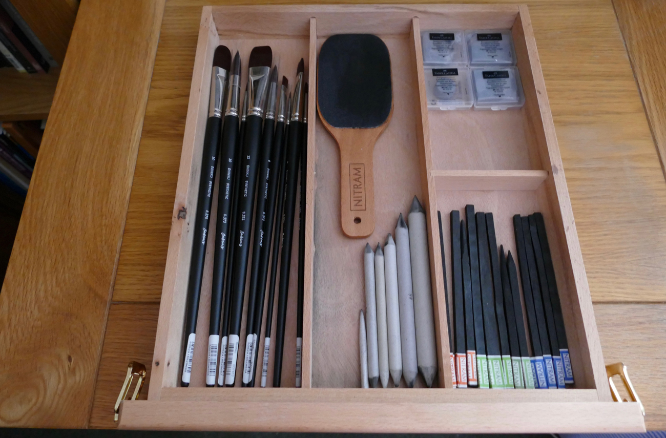 Jackson's Wentworth Table Easel inner draw in use