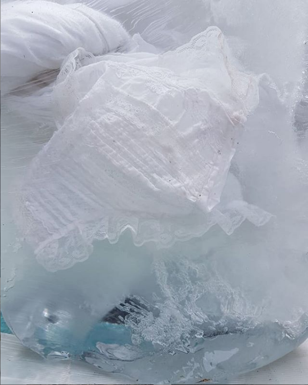 Farnoush Amini, installation detail <em>Frozen objects</em>