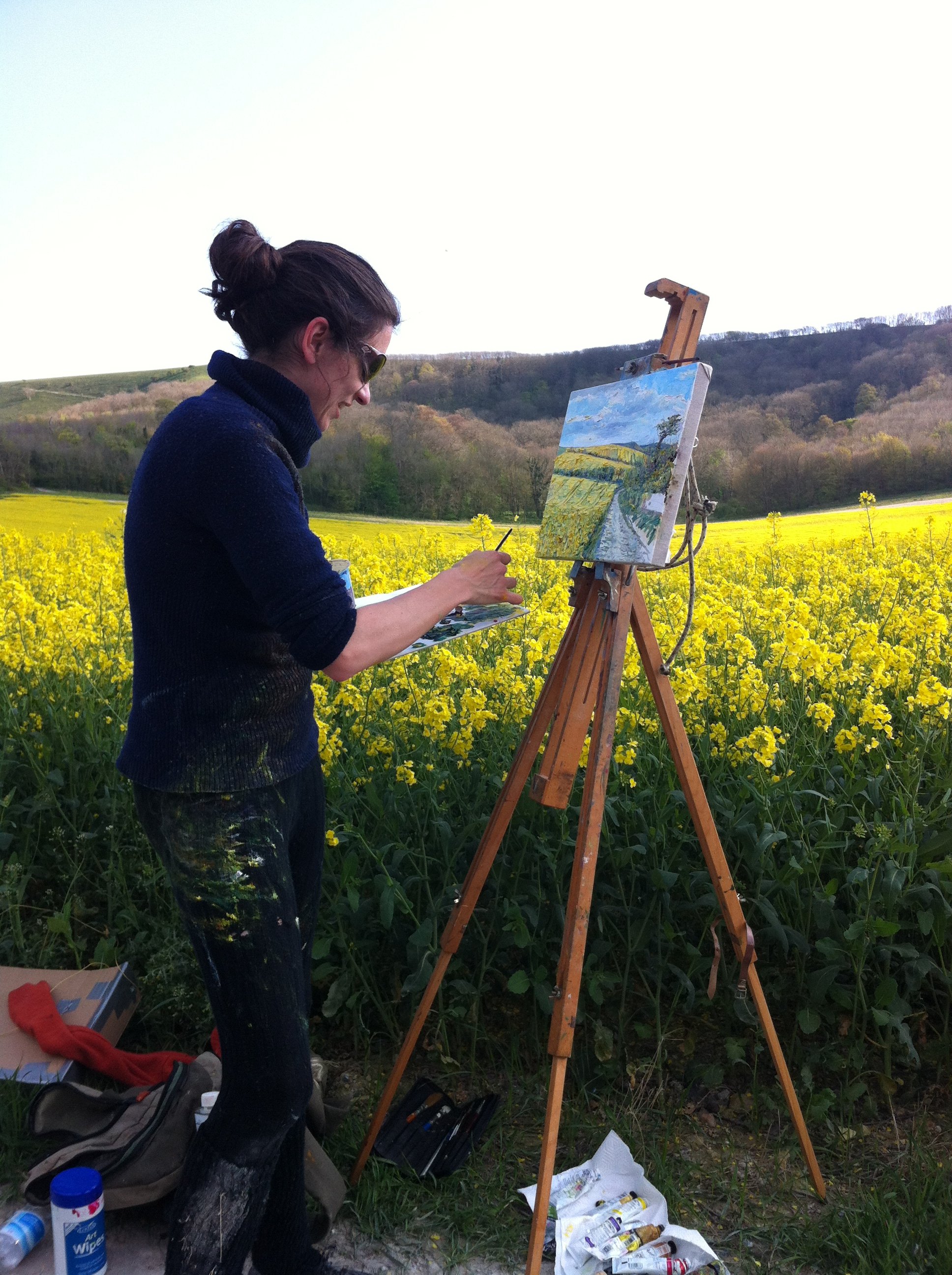 Emily Faludy painting in East Sussex