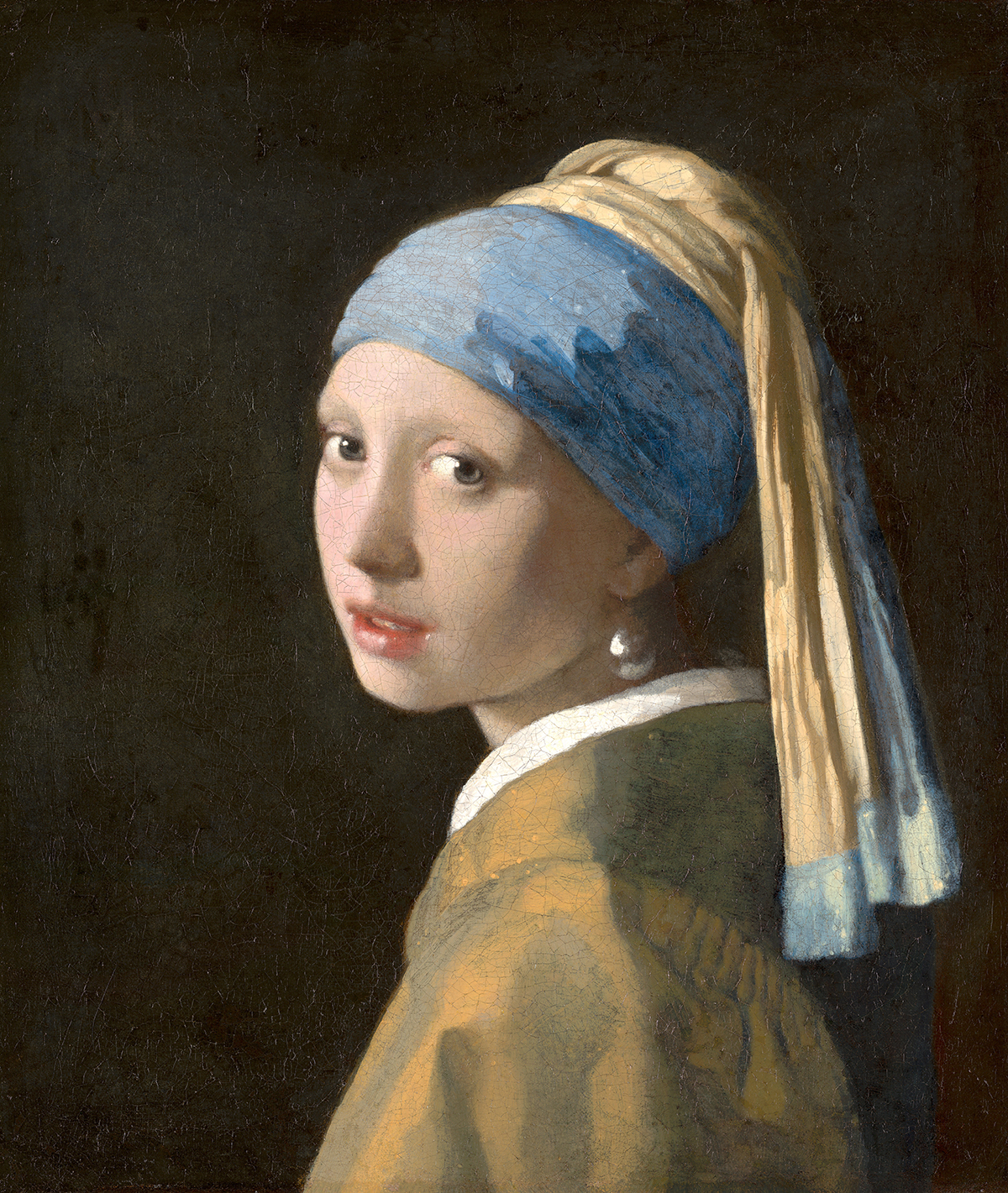 An example of glazing with Lapis Lazuli. Johannes Vermeer, Girl with a Pearl Earring