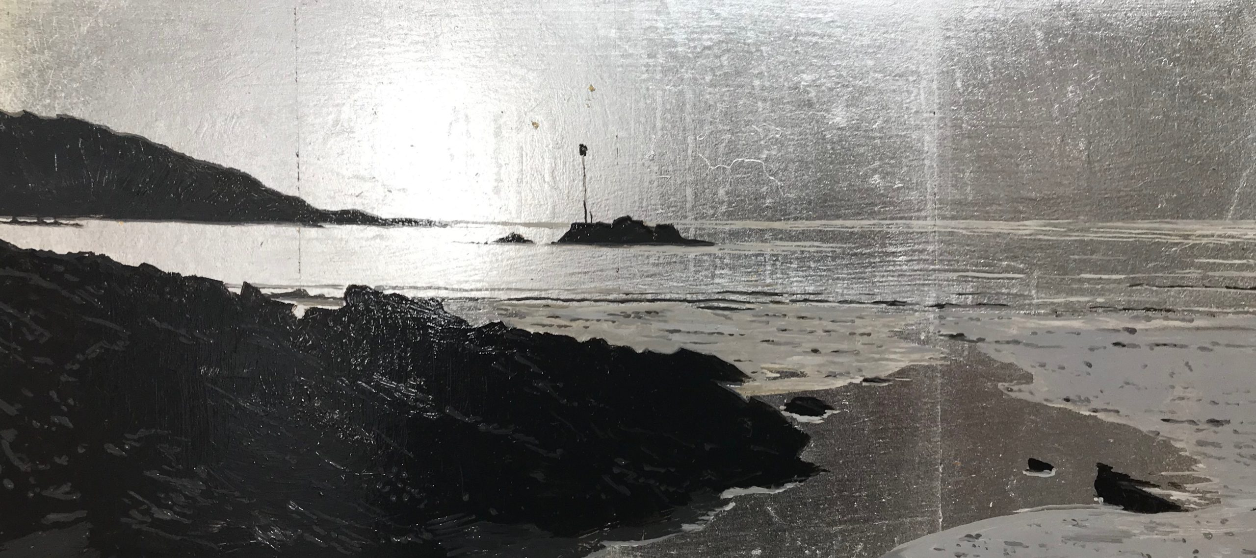 <br><em>North sands Salcombe, silver light</em>, 2020<br>Greg Ramsden<br>Oil on Silver leaf, 19x39cm