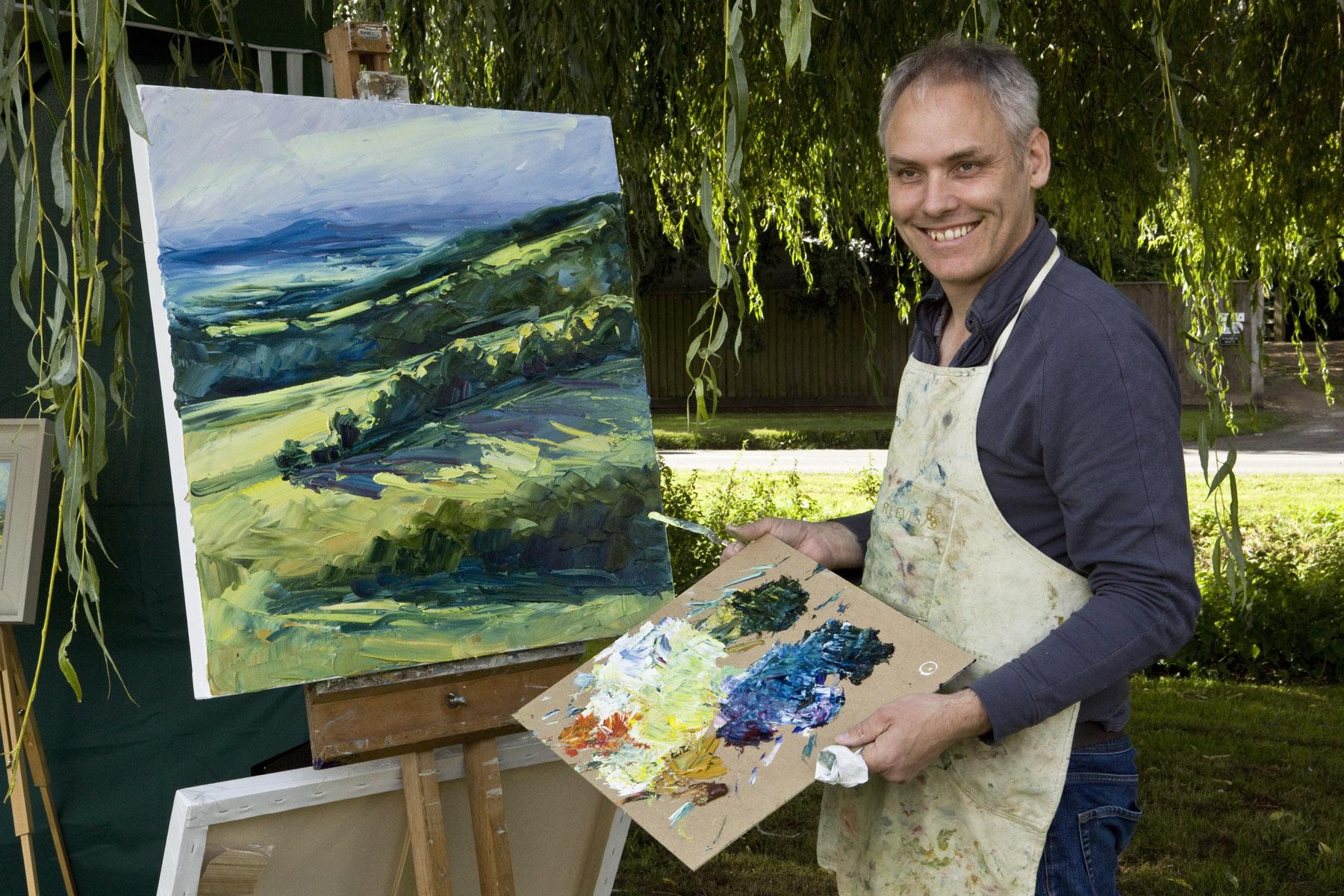 Rupert Aker painting en plein air