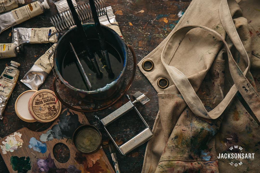 Apron, brush soap, brush washer pot atmospheric image